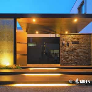 P8180871a-300x300 天然石とクラッシュガラスと屋根付きゲートで魅せる清須市のハイクローズ新築外構