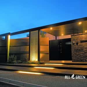 P8180872a-300x300 天然石とクラッシュガラスと屋根付きゲートで魅せる清須市のハイクローズ新築外構
