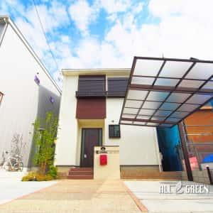 inazawashi_o_03071_4-300x300 温かみある暖色系の中に光るワインレッドのオリジナルポストがアクセントカラーとなった稲沢市の新築外構デザイン