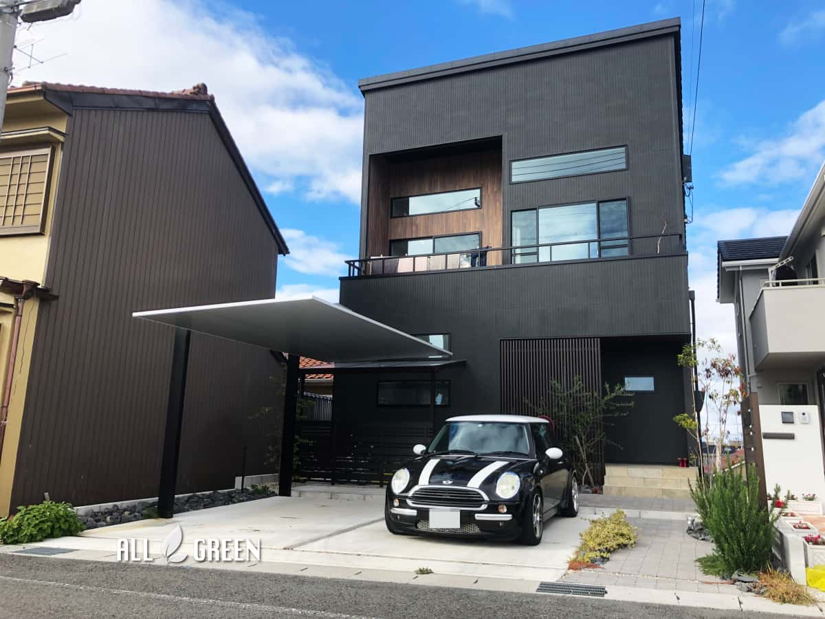 kiyosushi_n_03040_4 重厚な建物に見合う立派な外構