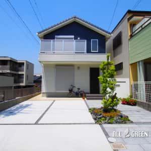 mizuhoku_m_02941_1-300x300 名古屋市瑞穂区のアプローチ動線を変更する外構リフォームはシンボルツリーの配置がポイント