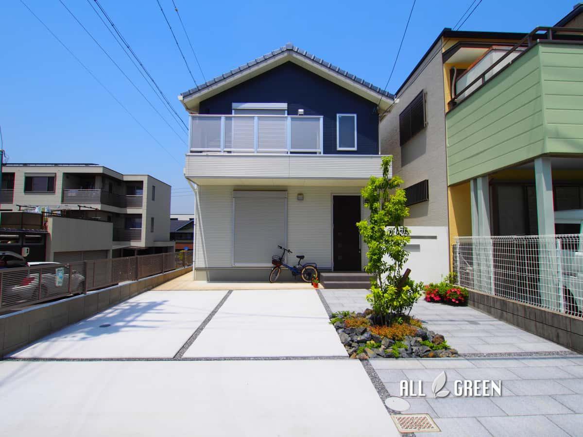 mizuhoku_m_02941_1 名古屋市瑞穂区のアプローチ動線を変更する外構リフォームはシンボルツリーの配置がポイント