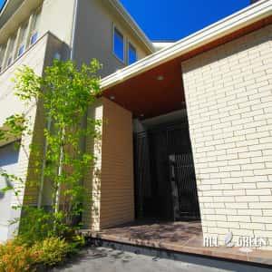 mizuhoku_n_03192_1-300x300 ハイクローズな名古屋市瑞穂区のYKKエクスティアラアーチ白+鋳物門扉
