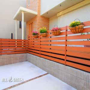 shikusaku_y_02445_3-300x300 名古屋市千種区のナチュラルな装飾ある門まわりの新築外構工事