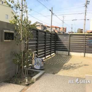 tenpakuku_k_02446_3-300x300 名古屋市天白区の優しい質感のタイルとウッド調フェンスによる温かみある門構え