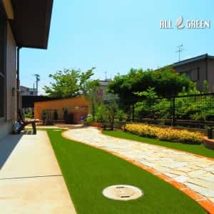 amashi_k_03548_4-300x300 植物も喜ぶあま市のプライベートガーデン