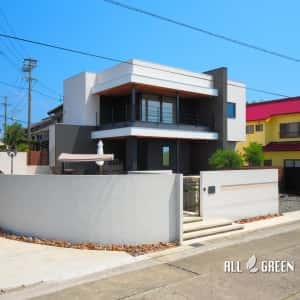 tokonameshi_h_02891_5-300x300 常滑市にある心安らぐ貸別荘を高級感溢れるリゾート外構に